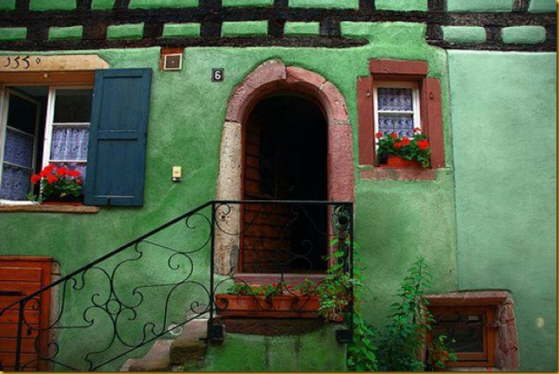 colorful french house_thumb[1]